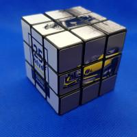 Logozótt Rubik kocka