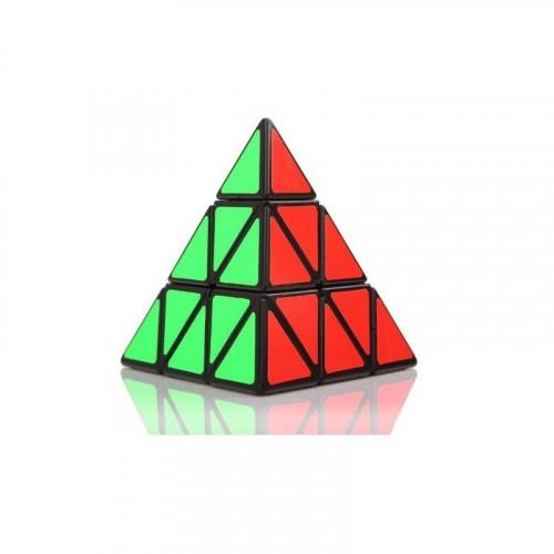 Pyraminx játék