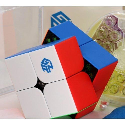Rubik kocka 2x2 kirakása
